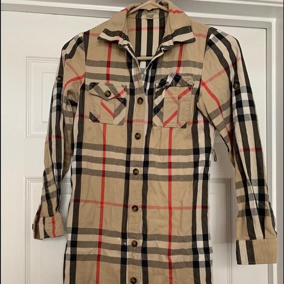 61a0fa97 Burberry Jackets & Blazers - Burberry children's trench/shirt